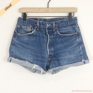 [Levi's] 501 High-Rise Medium Wash Cut Off Shorts